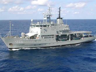 HMAS Melville at sea